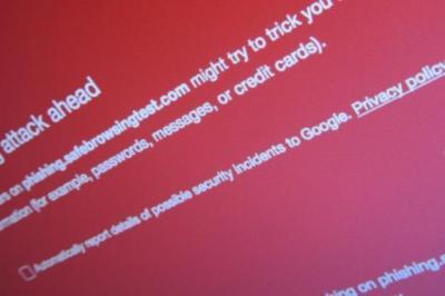 اپل برای پنهان کردن IP های کاربران از Google، ترافیک مرورگر خود را پراکسی میکند