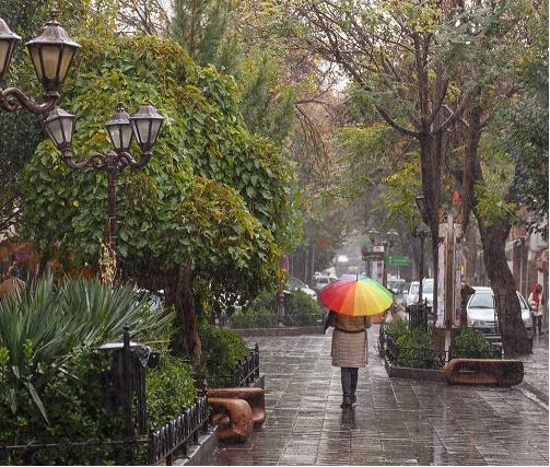ادامه بارشها در بیشتر نقاط کشور و هشدار وزش بادهای شدید
