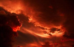 طوفان سرخ در اصفهان