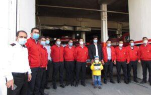 آتشنشانان تبریزی آرزوی کودک ۴ ساله برآورده کردند