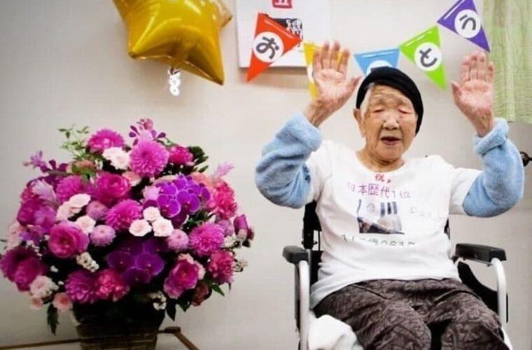 حمل مشعل المپیک بدست مسنترین فرد دنیا
