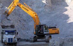 معاون استاندار آذربایجانشرقی بر تجدید نظر در قوانین معدن تاکید کرد