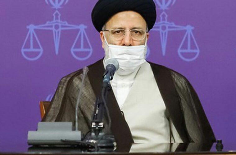 مطالبه ملی لغو تحریمها نباید دستاویز دعواهای سیاسی گردد