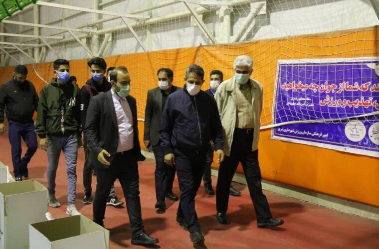 بازدید شهردار تبریز از  کمکهای مؤمنانه خیرین جوان