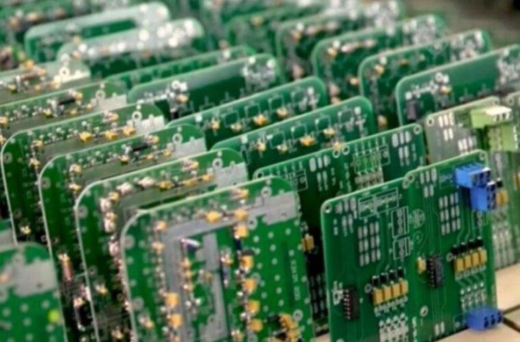 خط تولید بردهای الکترونیکی لوازم خانگی در تبریز راهاندازی شد