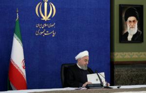 روحانی: در ثبت نام از داوطلبان، قوانین موجود ملاک عمل باشد