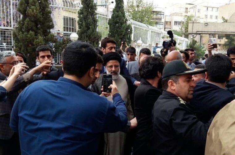 رییسی وارد ستاد انتخابات کشور شد
