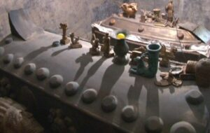 کشف ۳ تابوت مومیایی و ۶۰ قطعه اشیای عتیقه تقلبی در مراغه
