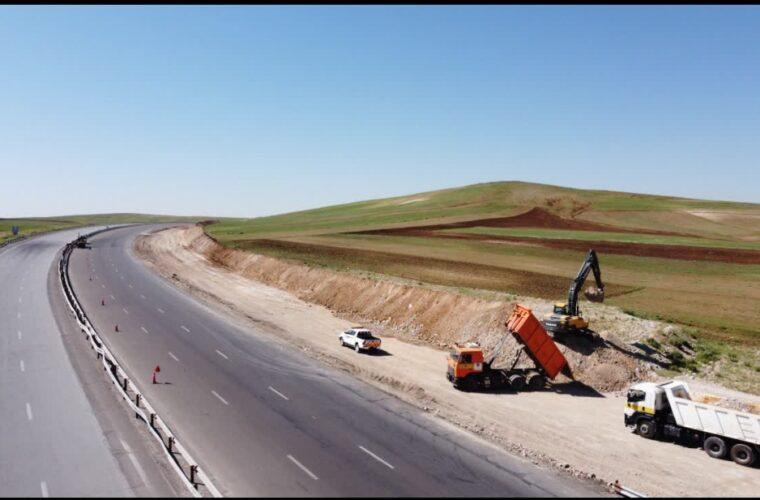اجرای طرح راهداری محوری باهدف ارتقای ايمنی وکيفيت جاده های استان آذربايجان شرقی