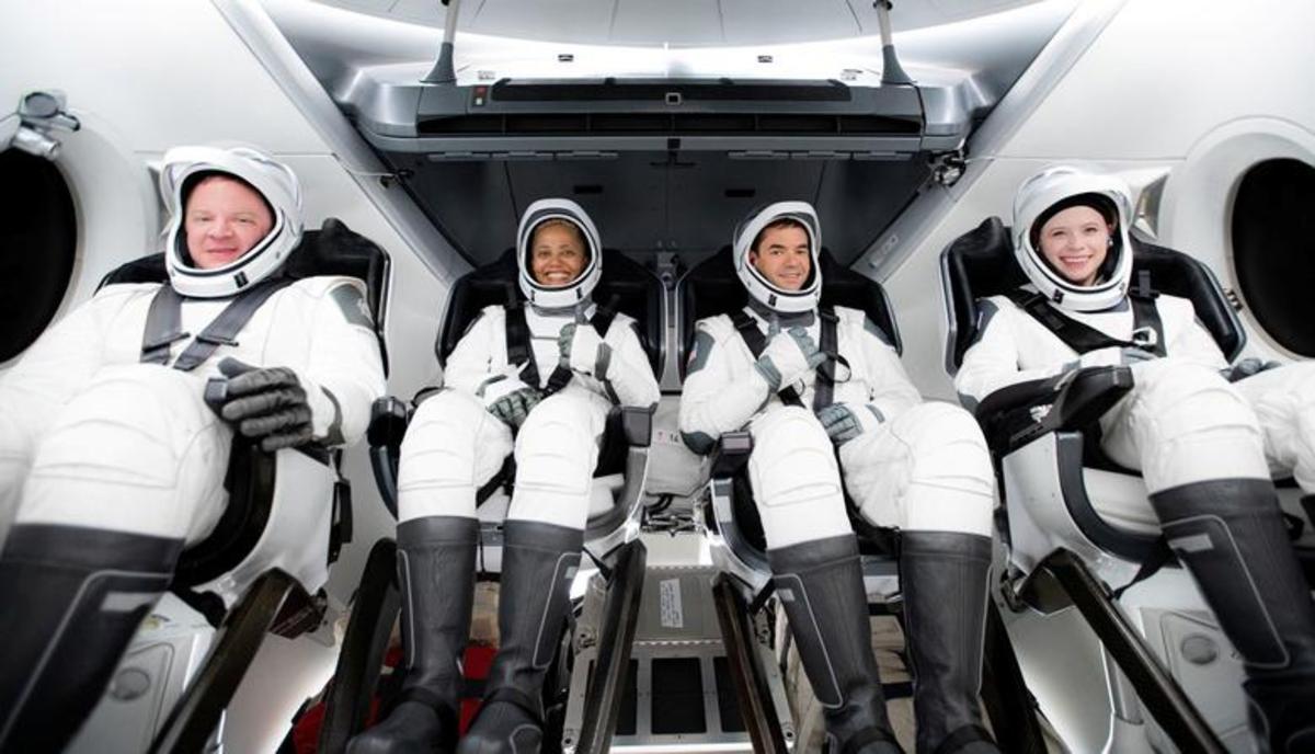 اولین سفر خصوصی مسافری به فضا