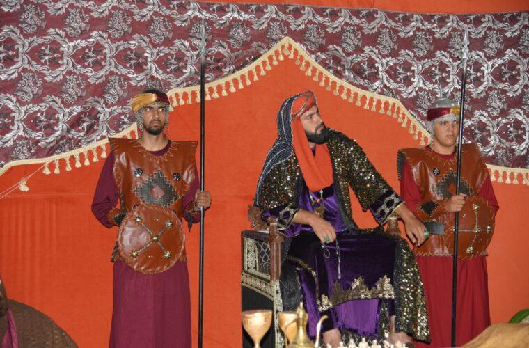 اجرای تعزیه خطبه خوانی و شبیه خوانی (حضرت زینب (س) در مجلس یزید) در شهرستان مرند