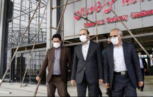 استاندار آذربایجان شرقی از پروژه راهآهن بستانآباد- تبریز و ایستگاه راهآهن خاوران بازدید کرد